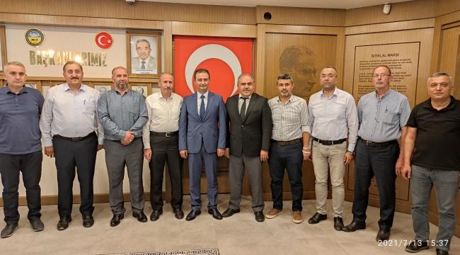 Ak Parti Tokat İl Başkanı Dt. Cüneyt Aldemir ve İl Yönetiminden Başkanımıza Hayırlı Olsun Ziyareti