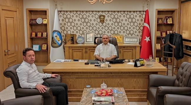 Tokat Artova Belediye Başkanımız Lütvü Yalçın'dan Başkanımız Ahmet Hamdi Aydoğan'a Hayırlı Olsun Ziyareti.