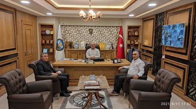 Tokat Ayakkabıcılar Odası Bşk. Ahmet Tarık Altuntaş ve Başkan Vekili Hasan Doğan'dan Hayırlı Olsun Ziyareti